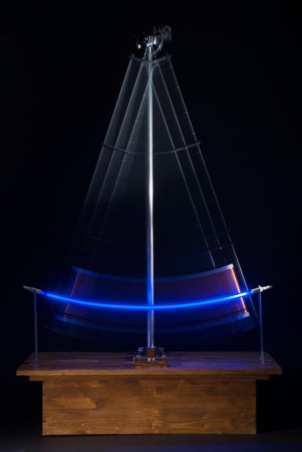 Permanent Light Pendulum